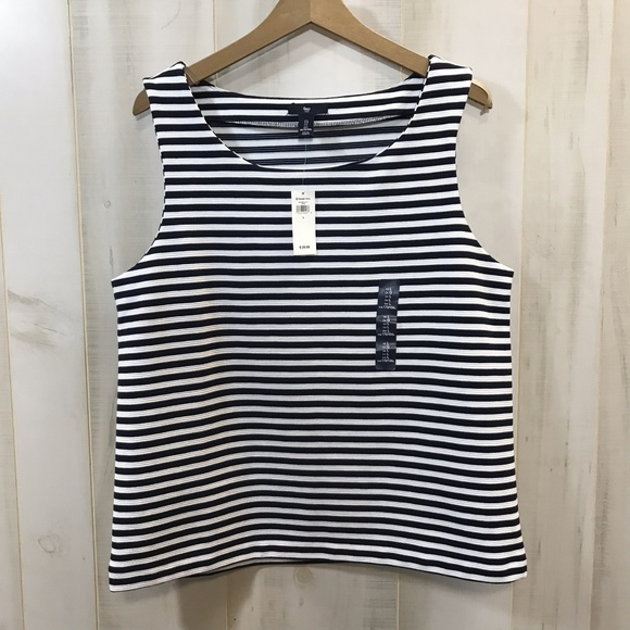 4c7607a84afbd Gap Navy Blue White Striped Sleeveless Top Large